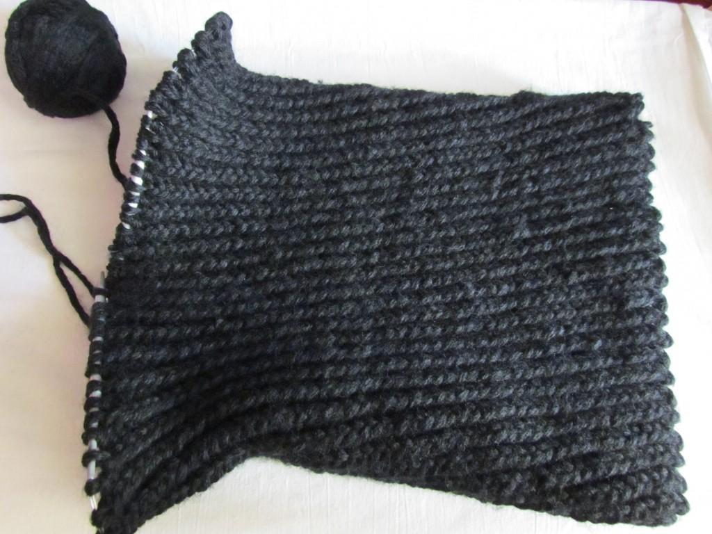 Вяжем шарф-хомут спицами 12
