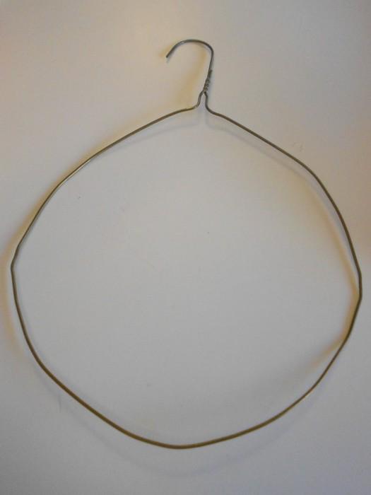 Новогодний венок из елочных шаров 1