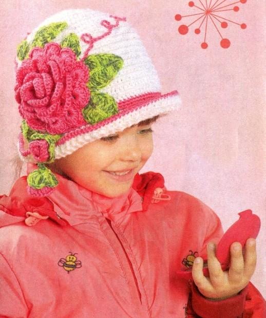 Вяжем шапку крючком для девочки
