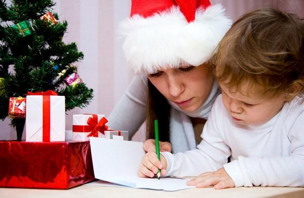 Пишем письмо Деду Морозу вместе с малышом