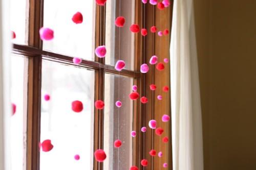 Гирлянды на окна из ваты