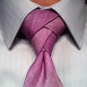 Как завязать галстук в стиле Элдридж?