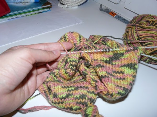 Вязание шапочки спицами для детей от 1 до 2 лет: фото 14