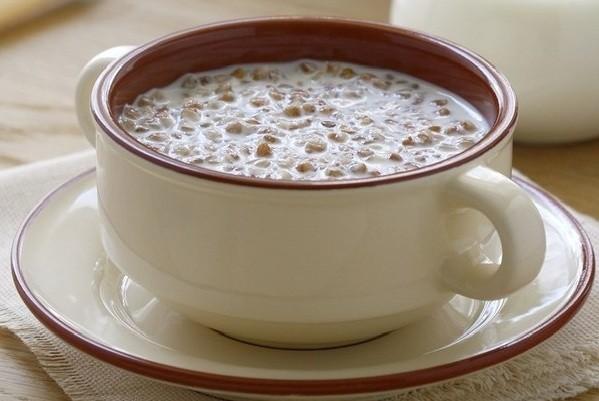 Как приготовить молочную гречку в мультиварке?