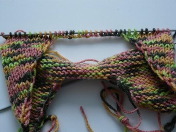Вязание шапочки спицами для детей от 1 до 2 лет: фото 8