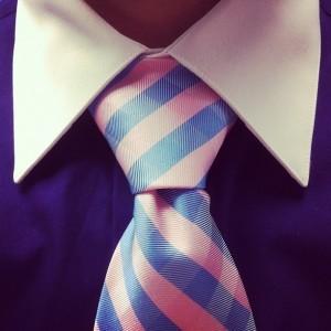 Как повязать галстук узлом Виндзор