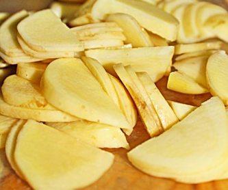 Готовим картофель в мультиварке шаг 1
