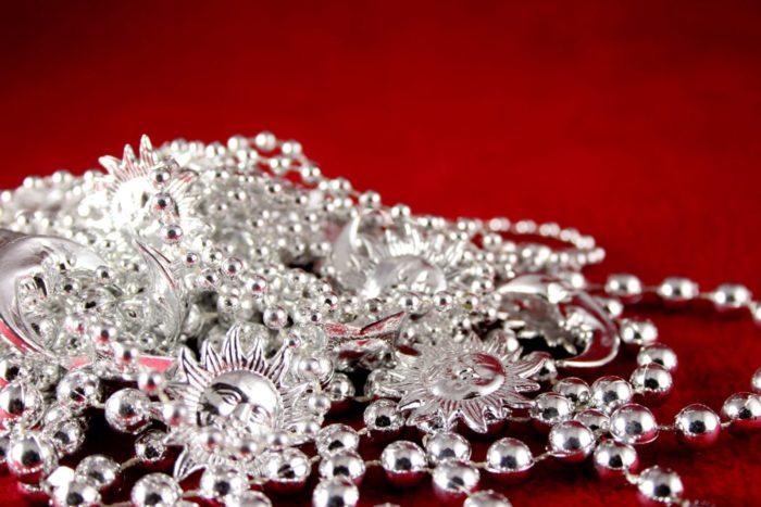 Как почистить серебро от черноты