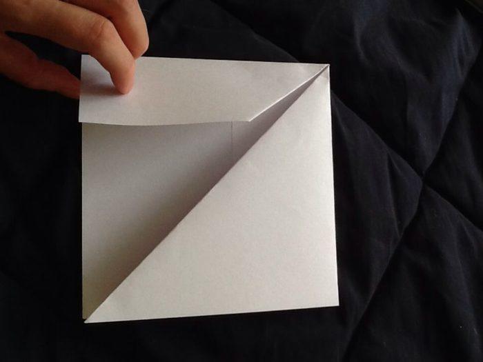 Как сделать из бумаги когти рыси: этап 4
