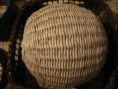 Как сделать шар из газет: мастер-класс 12
