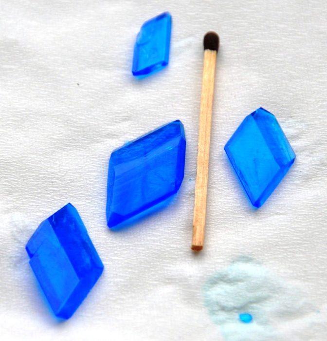 Как вырастить кристалл из медного купороса: фото 5