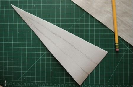 Как сделать из бумаги когти хищника: шаг 1