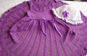 Платье спицами для девочки 1-3 лет