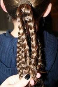 Косички для девочек: прическа из кос