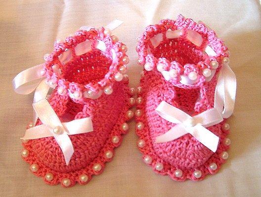 Вязание пинеток для новорожденных: сандалики крючком