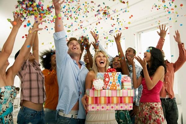 Как отпраздновать день рождения на работе?