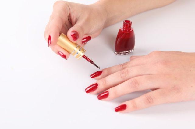 Как в домашних условиях накрасить красиво ногти