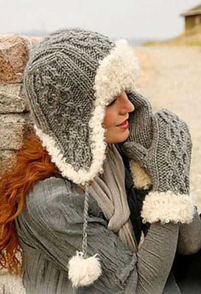 Вязанные шапки спицами для женщин за 50: стильная ушанка