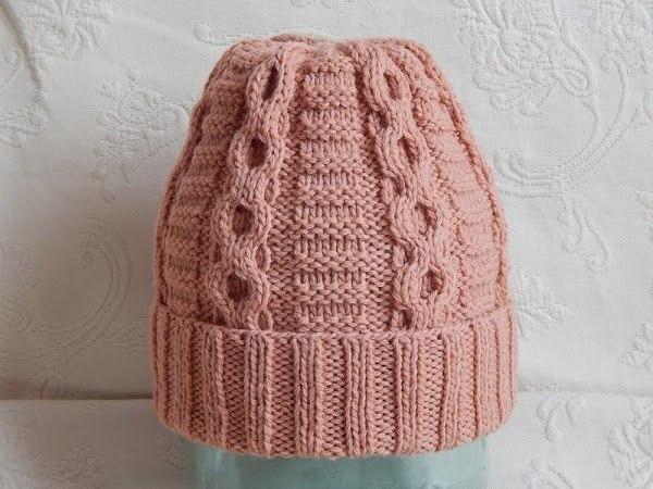 Вязаная шапка для женщины 40-50 лет