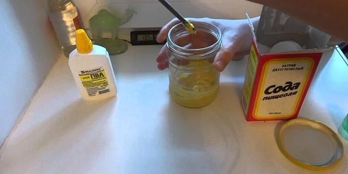 Как сделать лизуна из клея и соды