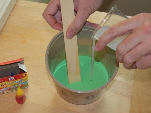 Как сделать лизуна без натрия тетрабората: рецепт с клеем и крохмалом 4