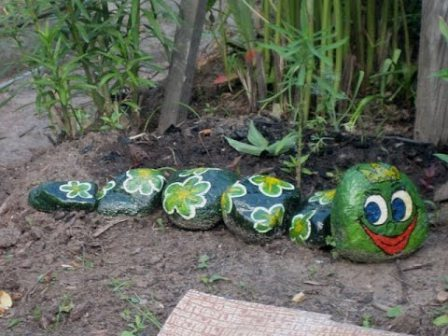 Дизайн сада и огорода своими руками: декор из камней