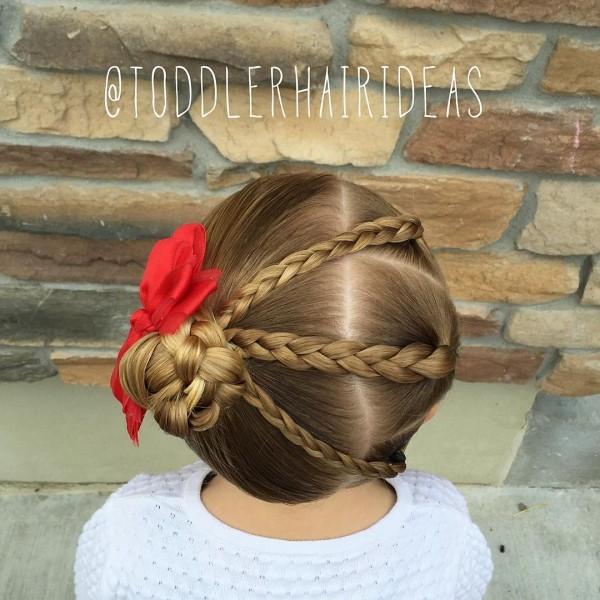 Прически на длинные волосы для девочек: косы в укладке