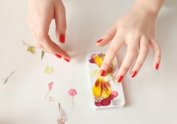 Чехол своими руками из цветов (4)
