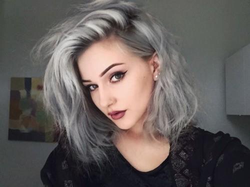 Окрашивание волос в 2017 году на короткие волосы: металлик