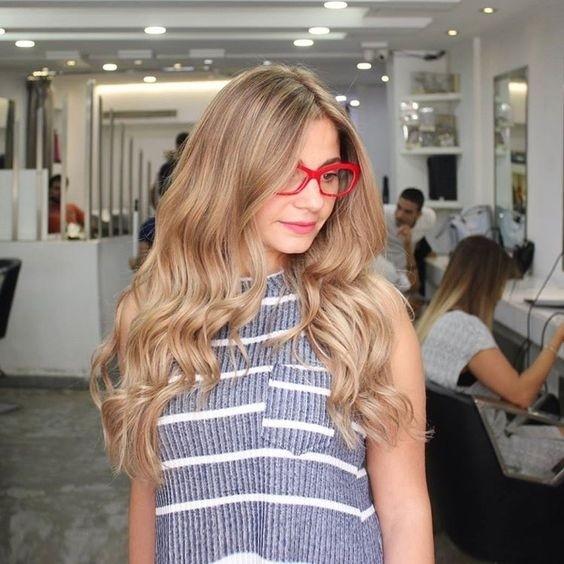 Модное окрашивание волос в 2017 году: песочный блонд