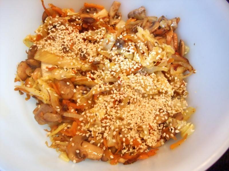 Теплый салат с капустой: как готовить?