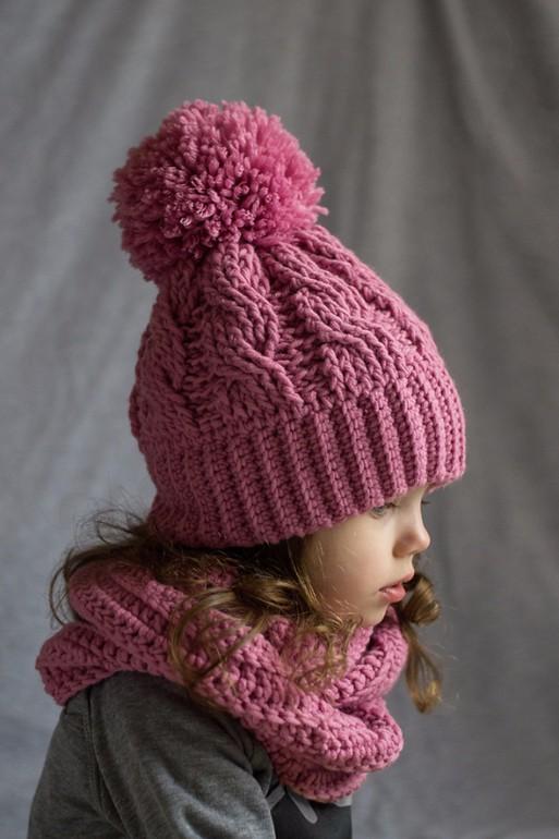 Детский снуд на девочку с шапочкой
