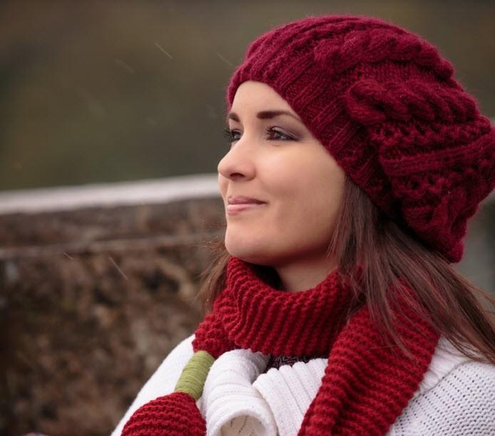 Вязаные шапки: новые модели зима 2018 (берет)