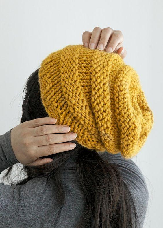 Вязаные шапки 2017-2018: горчичная