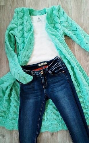 Вязание кардигана спицами для женщин: узор сердечки
