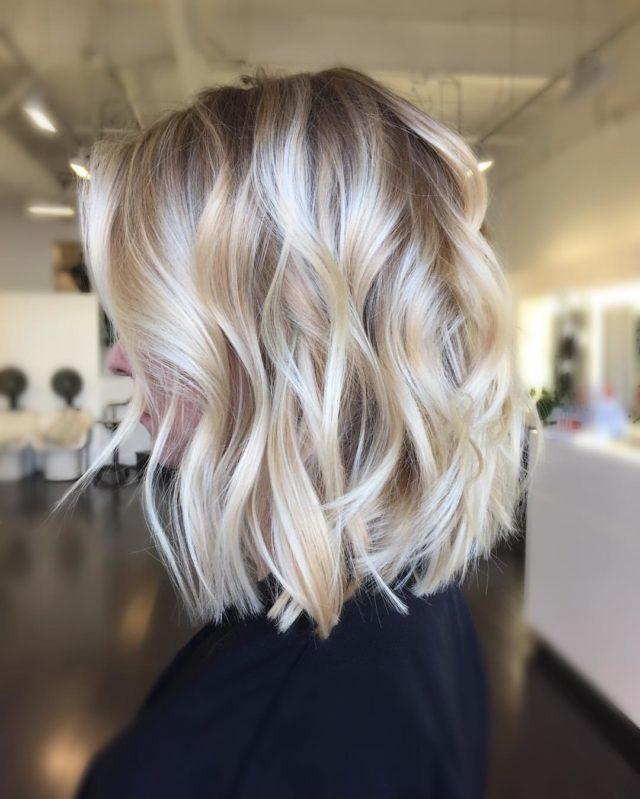 Модные окрашивания на светлые волосы фото