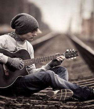 Трио рельсы парень и гитара