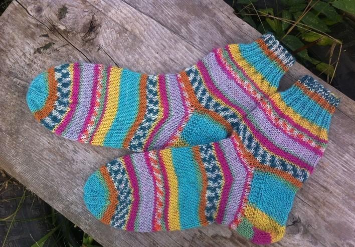 как вязать носки спицами для начинающих вяжем на 5 спицах пошагово