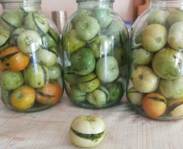 Зеленые помидоры на зиму: простой рецепт в банке по-армянски