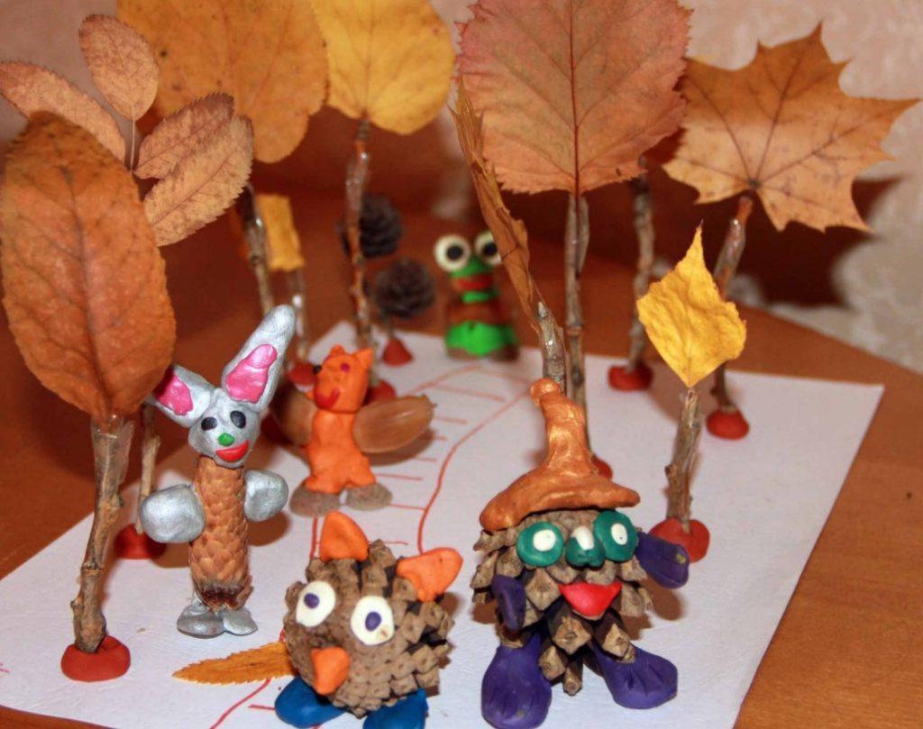 Поделки из шишек на тему осень: фото 1