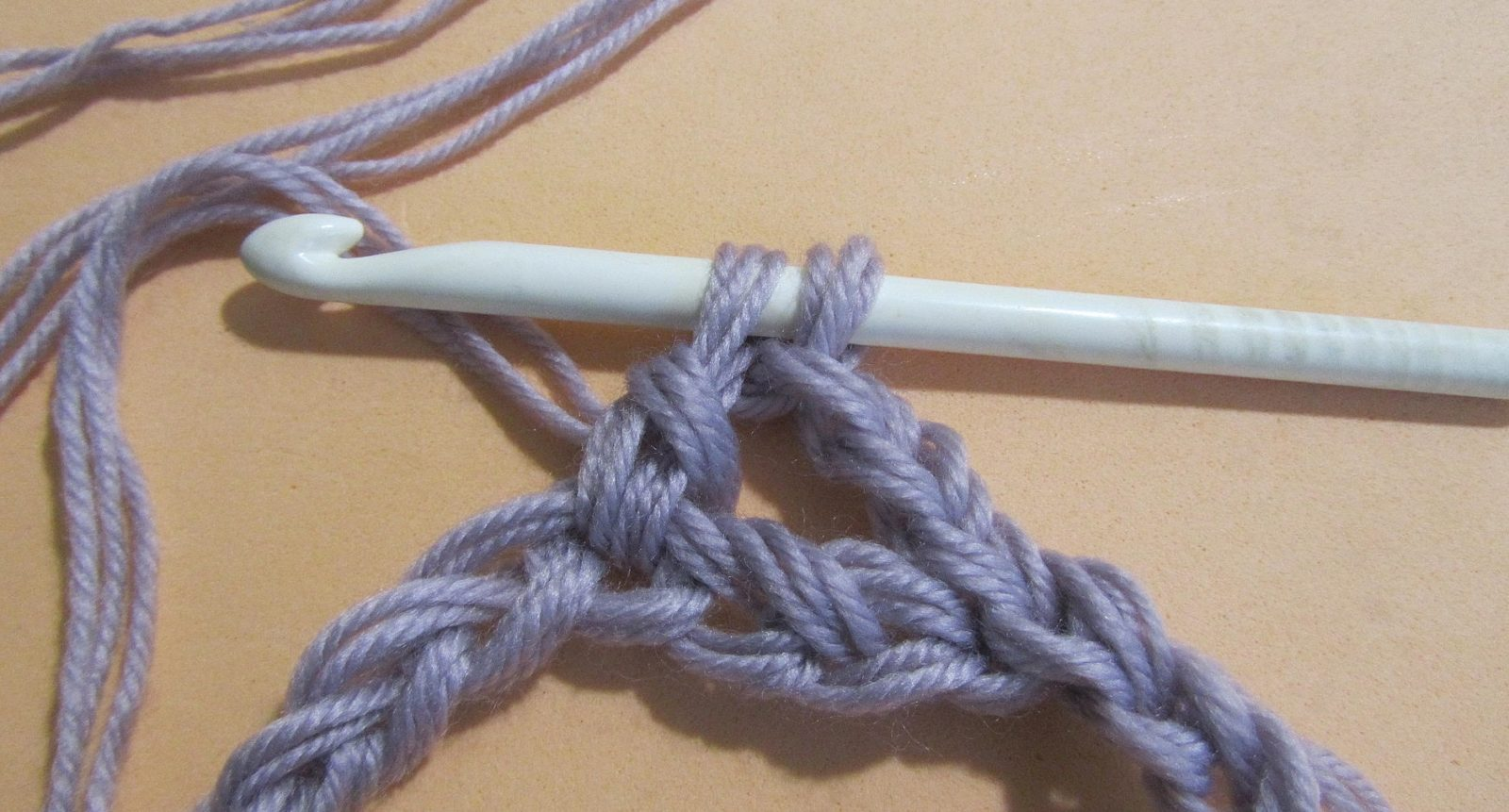 Узоры крючком: узоры для снуда шаг 4