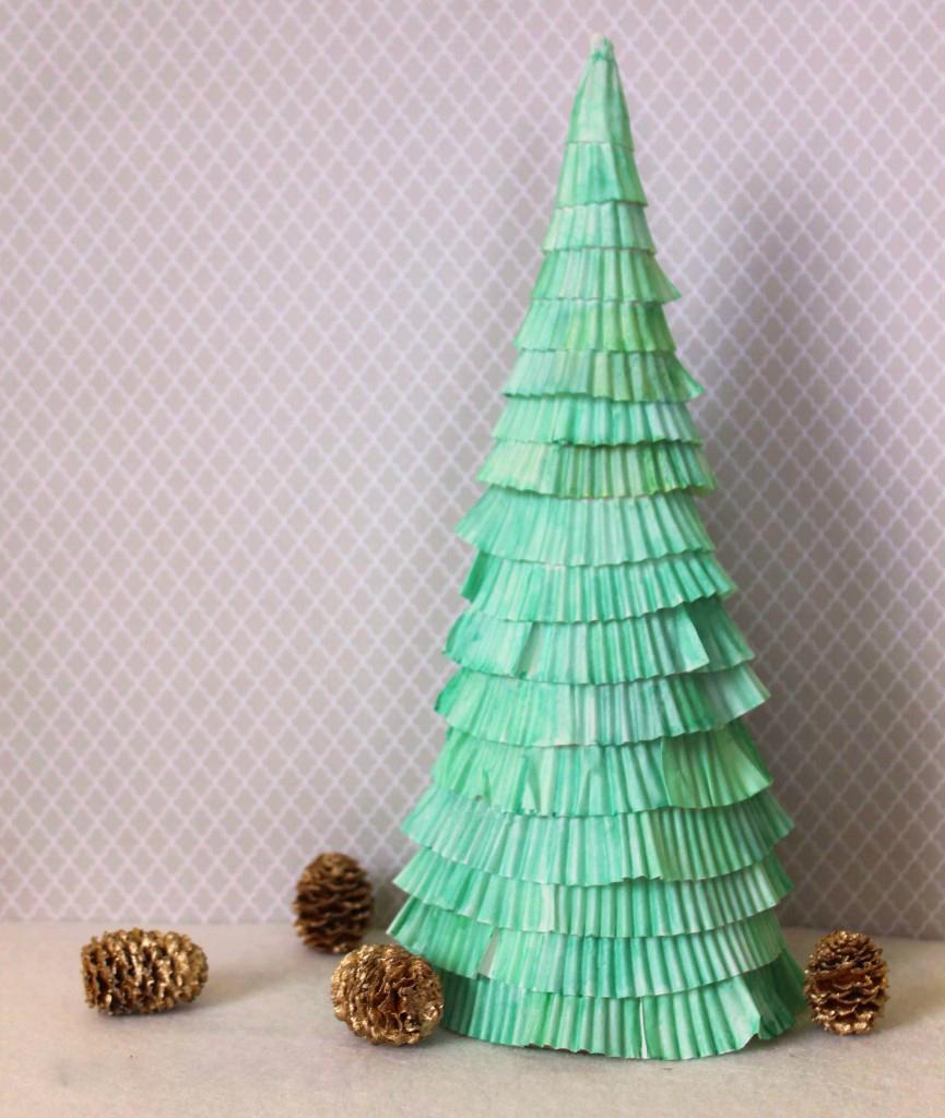 Объемная елка из бумаги своими руками: фото 10