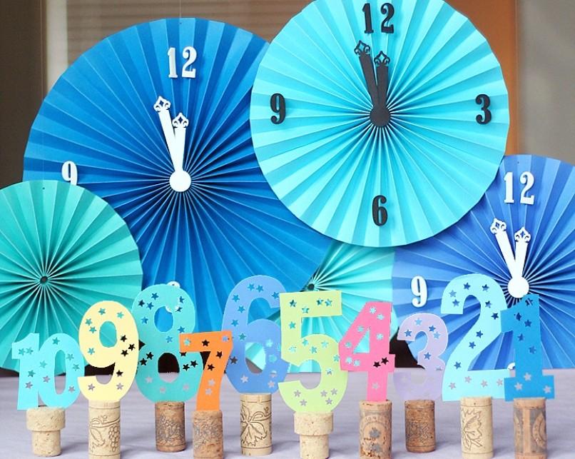 Новогодняя поделка в детский сад на выставку: часы