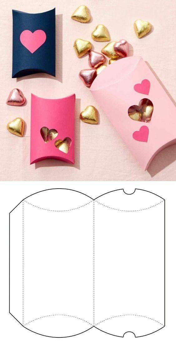 Как упаковать подарок в подарочную бумагу: мини-коробка