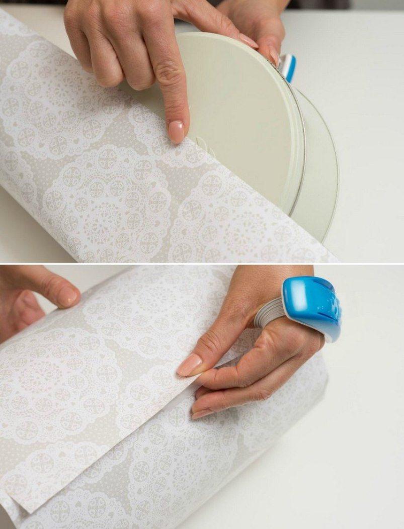 Как упаковать круглый подарок в подарочную бумагу: шаг 1
